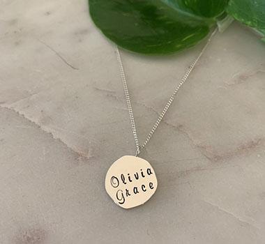 Petite pendants